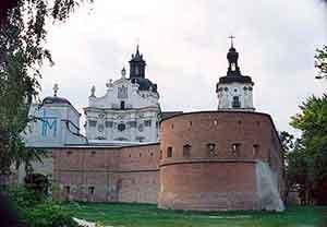 Общество: 15 тысяч паломников приехали в Монастырь Босых Кармелитов г. Бердичев. ФОТО